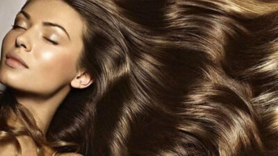 وصفات لتطويل الشعر في أسبوع بمكونات بسيطة وغير مكلفة